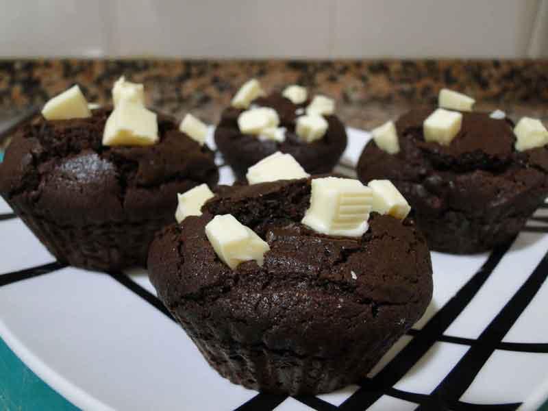 receta de magdalenas de chocolate sin azúcar