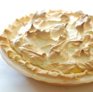 Mum's_lemon_meringue_pie_crop