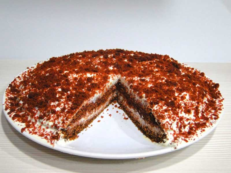 red velvet cake sin azucar- cortada