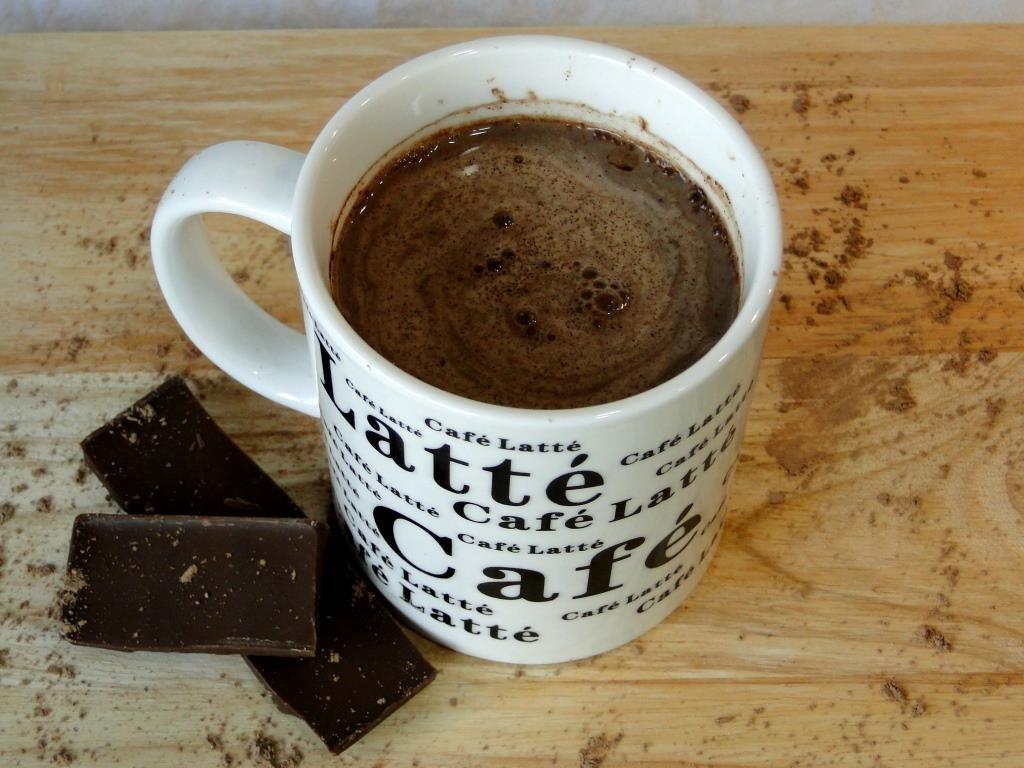 chocolate-caliente-con-especias-sin-azucar