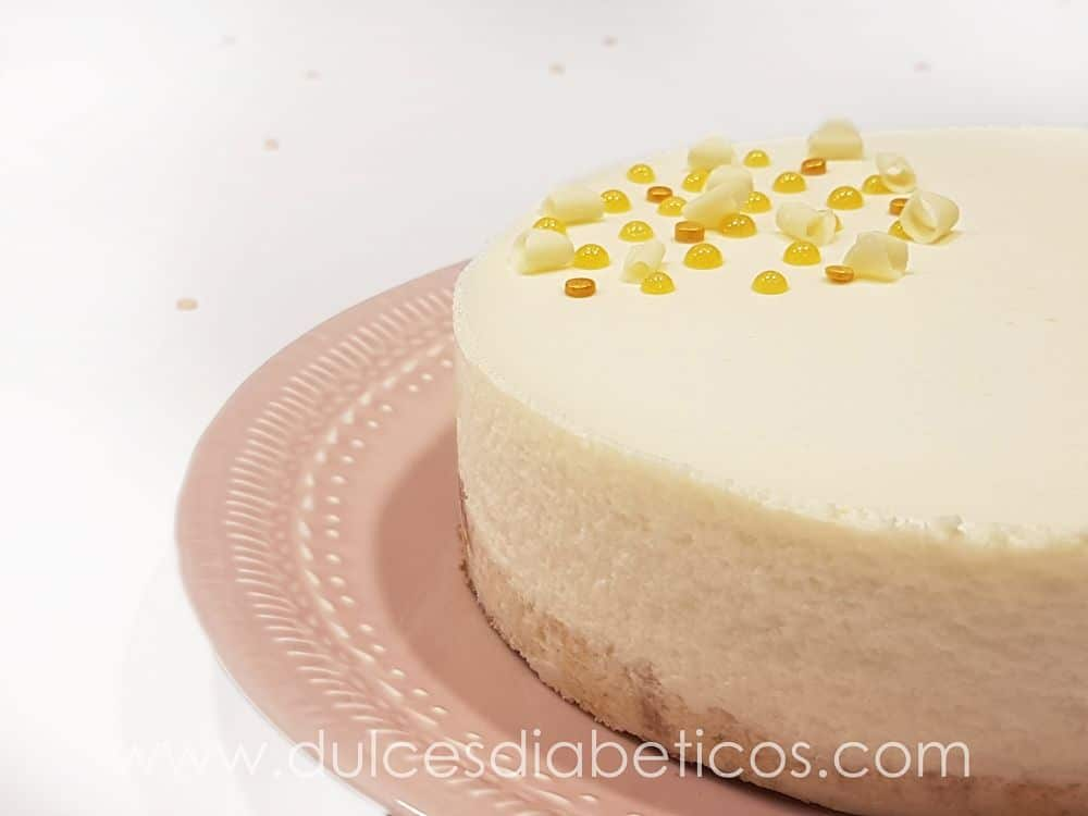 Tarta mousse de chocolate blanco sin azucar