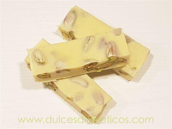 Turron de chocolate blanco sin azucar con pistachos
