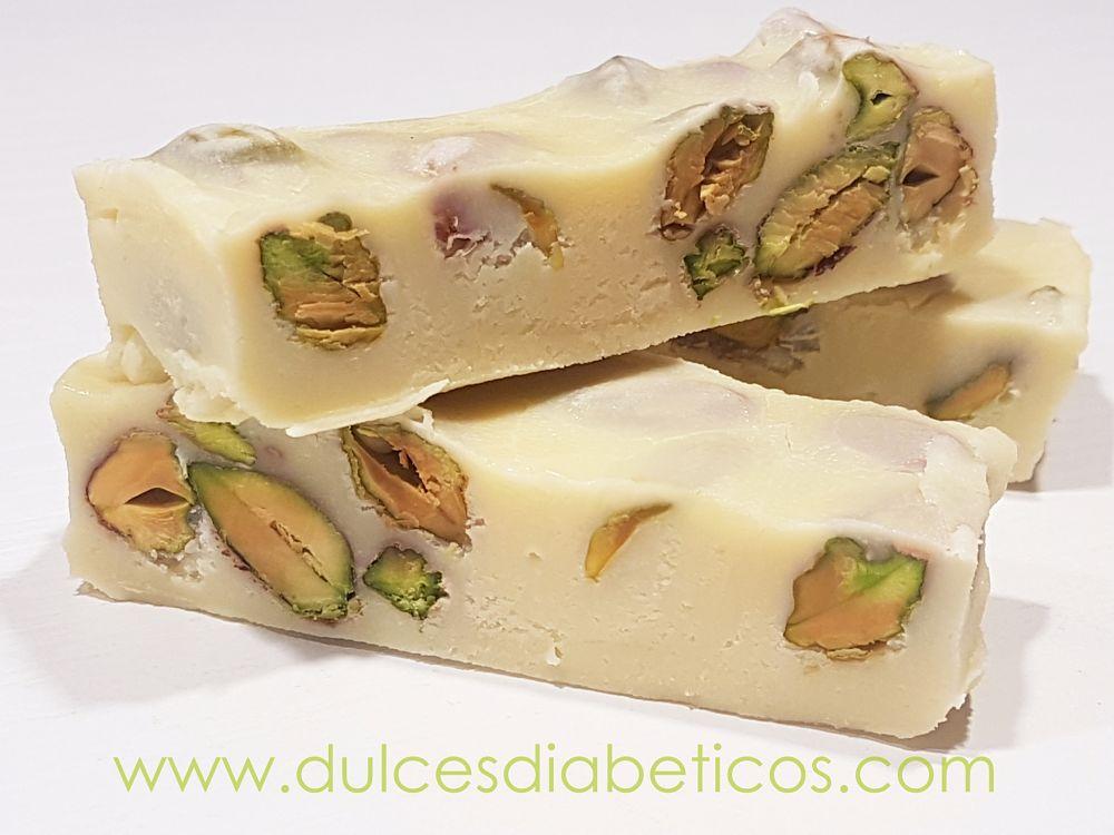Turron de chocolate blanco y pistachos sin azucar