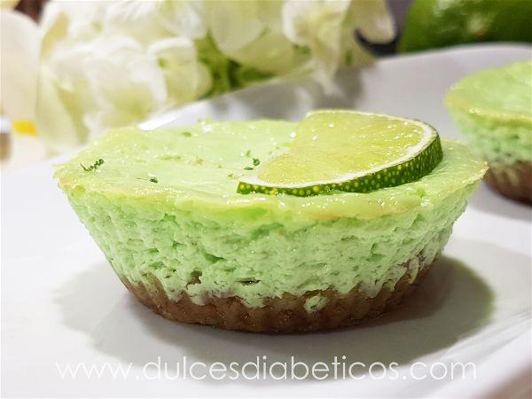 Mini cheesecakes de lima