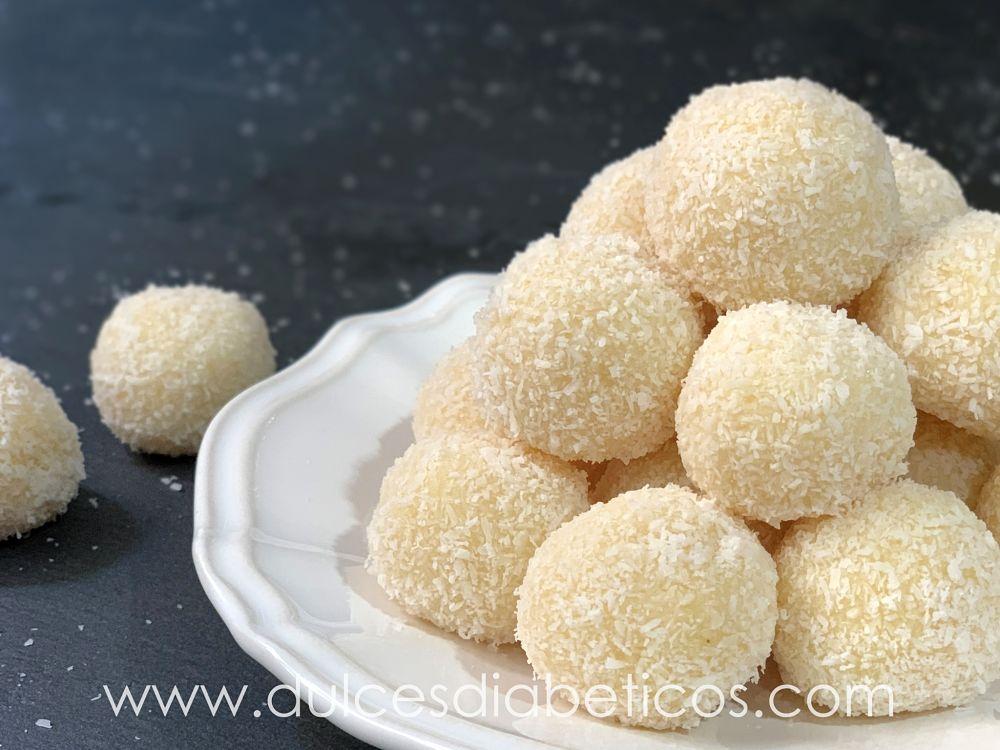 Trufas de coco y chocolate blanco sin azucar