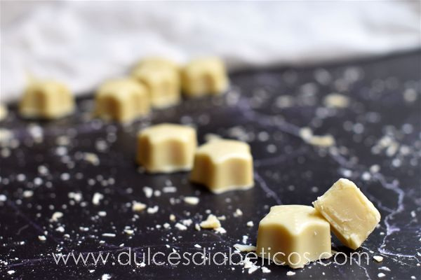 Bombones de chocolate blanco sin azucar